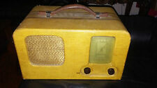 VINTAGE 1939 TRUETONE PORTABLE RADIO 5 B3 SERIES f/ Wells-Gardner & Co., CHICAGO