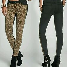 New Guess Brittney Mid-Rise Leopard-Blocked Denim Leggings jeans size 26