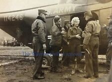 MARILYN MONROE IN KOREA, KOREAN WAR 8X10 GLOSSY PHOTO  1950's Celebrity M298