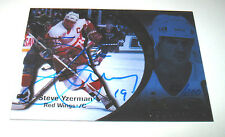 1997-98 UPPER DECK ICE STEVE YZERMAN AUTOGRAPHED CARD #105/200
