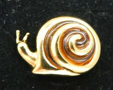 1997 AVON Gold Tone TORTOISE STYLE SNAIL Tac Pin Brooch in Box