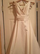 Oleg Cassini Ivory Wedding Dress Euc Sz 8