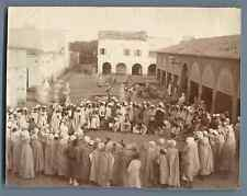 Algérie, Biskra (بسكرة), Spectacle avec serpents  Vintage albumen print.  Tira