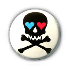 Badge SKULL LOVE coeurs noir fond BLANC rockabilly rock pirate tete mort Ø25mm