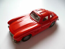 Mercedes 300 SL Flügeltürer in rot red, Felge B7, Siku Nr. 1073 in 1:55 / 8,3 cm