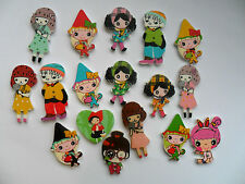 24 pcs Mixed Cute Girl Patterned Wood Scrapbooking // Sewing Buttons