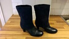 Ladies navy blue leather/suede mid calf boots size 6.5 Clarks [4088]