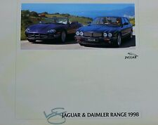 LOVELY 29 PAGE JAGUAR A4 BROCHURE XJ / XK / XJR / XKR COUPE CONVERTIBLE V8 MODEL