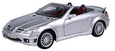 New Motormax - Mercedes-Benz SLK 55 Sliver Die Cast Model 1:24 - 73292