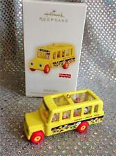 2010 HALLMARK ORNAMENT FISHER PRICE YELLOW SCHOOL BUS WITH BUS DRIVER & CHILDREN