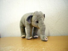 Kleiner Elefant (Plüsch) / Small Elephant (Plush)