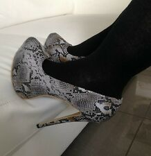 Ladies big size high heel shoes size 9 grey snakeskin effect