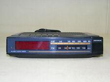 ancien Univers UKW Montres Radio