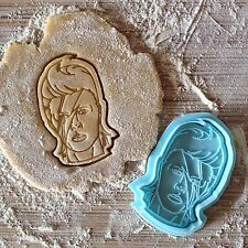 David Bowie cookie cutter. Ziggy Stardust cookie stamp. Aladine Sane cookies