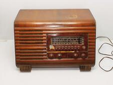 Vintage PHILCO Model 41-250 Slant Front Log Cabin Shortwave AM Tube Radio 1941