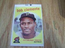 ROBERTO CLEMENTE  1959 TOPPS BASEBALL STICKER