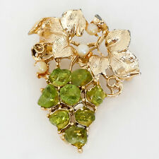 Gold plated heavy pin brooch in shape of GRAPES with textured leaves, ... Lot 74
