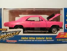 1998 Tootsietoy Muscle Cars 1966 Chevy Malibu Limited Edition Die Cast Metal Car