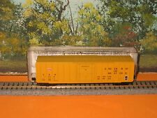 MICRO-TRAINS N SCALE #27080 50' RIB SIDE BOX CAR PLUG DOOR GB&W #7356