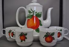 Bareuther Waldsassen Bavaria Germany Tea Pot & Four (4) Cups With Apple Design
