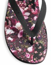 New GIVENCHY PARIS Black Roses Flip Flops Thong Sandals 38 IT; 8 US Reg $300+
