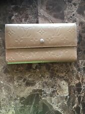 "⭐️GORGEOUS 100% AUTHENTIC LOUIS VUITTON ""GOLDEN"" VERNIS Wallet!"