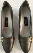 Selby Comfort Fle Women's Gray Metallic Classic Pumps Leather Size 7M Career