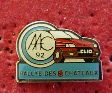 PIN'S RALLYE VOITURE RENAULT CLIO 16 S RALLYE DES 3 CHATEAUX AAC 92