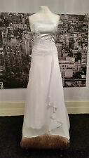 CURRENTLace up Gown with Fabulous Train, Wedding, Beach Wedding, at only £39.99