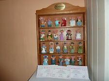 DANBURY MINT 24 'MEET THE TROTTERS' RESIN PIG COLLECTION WITH DISPLAY CASE &CERT