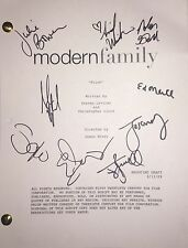 Modern Family Cast Signed Autographed TV Script Sofia Vergara Ed O'Neil + 8 more