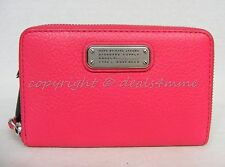 NWT MARC By Marc Jacobs M0005358 New Q Wingman Wallet/Wristlet in Bright Rosa