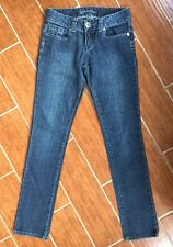 GUESS Jeans Women's Stretch Crystal Silver Embroidered Dark 27 EUC