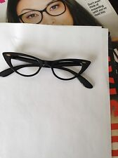 VINTAGE SWAN OPTICAL NOS CAT EYE LEADING LADY  46-20  5 1/2 U.S.A.NICE...