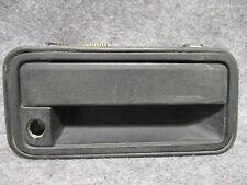 1995-1998 Chevy Silverado RH Exterior Outer Door Handle Black 15706074 OEM 25740