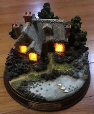 Thomas Kinkade Everett's Cottage Lighted Figurine Memories of Home Collection