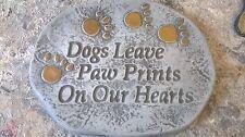 Mascota Perro Colgador de pared tumba marcador ** Látex Y Fibra De Vidrio Molde Decoración De Jardín *