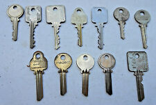 12 HIGH SECURITY MEDECO keys   Some Key blanks