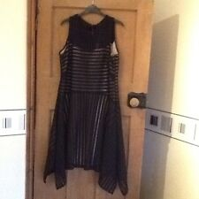 Ladies Evening/Party Dress Autograph by M&S Black Size18 BNWT