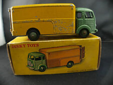 Dinky toys F n° 33 A camion fourgon simca en boite