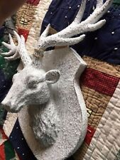 Woodland Rustic Holiday Christmas Snow Covered Deer Head Wall Prop Plaque NWT
