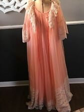 Vintage 60s Intime' California PEACH Peignoir Nightgown & Robe W/ LACE SMALL