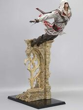 Statue Leap of Faith Assassin's Creed II Ezio EZIO AUDITORE avec décor Neuf
