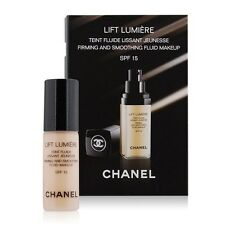 CHANEL Lift Lumiere Firming & Smoothing Fluid Foundation SPF15 20 Clair 2.5ml