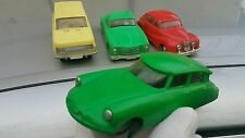 VINTAGE CITROEN DS FRICTION 1:25 FOREIGN HUNGARY RARE GREEN PLASTIC METAL RUBBER