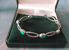 STUNNING SILVER & EMERALD BANGLE  / BRACELET