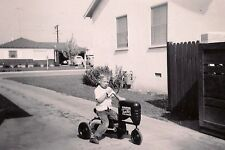 OLD VINTAGE PHOTO 1940s LITTLE BOY RIDING PEDAL TOY HEAVY DUTY TRACTOR SENIOR