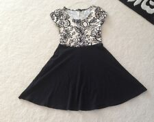 Black And White Dress Size 10 Dorothy Perkins