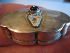 VTG STERLING SILVER PILL BOX WITH AMETHYST CABASHON ON TOP - JC-1