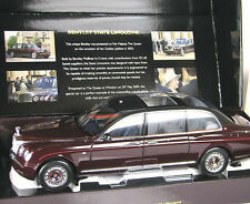 Bentley State Limousine Queens Car 2002 Minichamps 1:18 100139700
